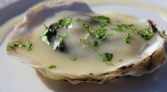 ricetta ostriche al brodo di pesce