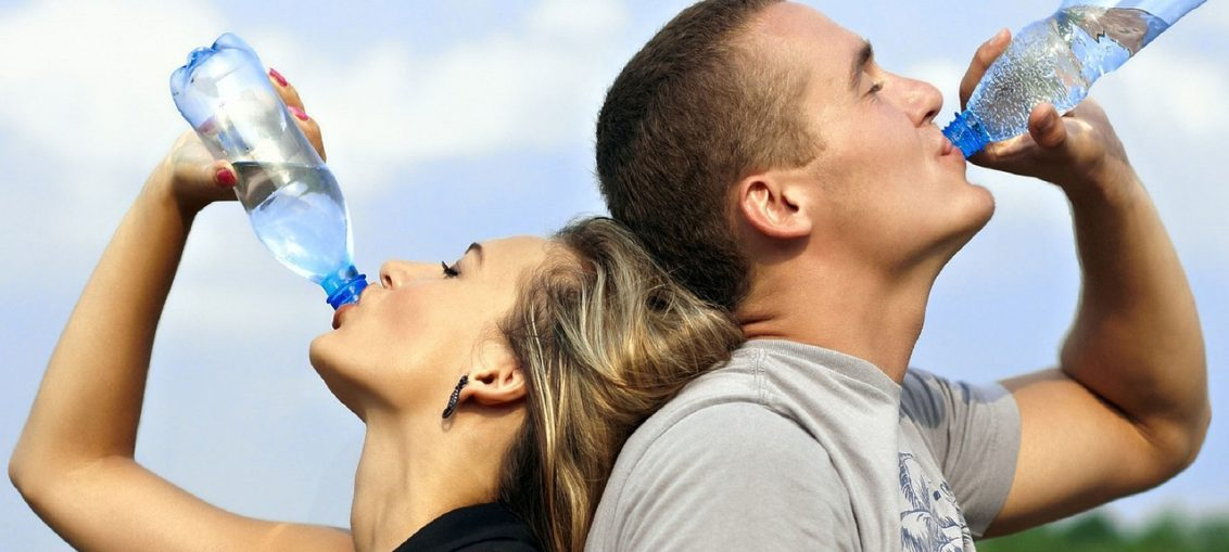 9 sintomi che indicano di bere piu acqua
